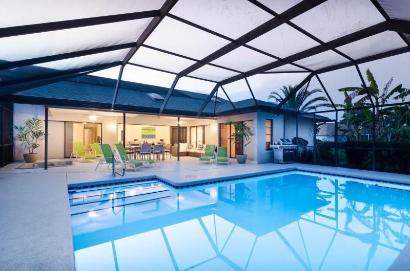 Casa Bonita - contemporary courts comfort at this new pool, spa home in quiet neighborhood. Close to Barefoot Beach, Old Bonita, Golf, Shopping & More! - Image 1 - Bonita Springs - rentals
