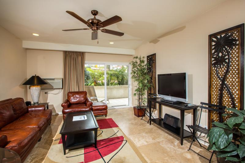 Living Room - Behind the Gates of the La Costa Resort - Carlsbad - rentals