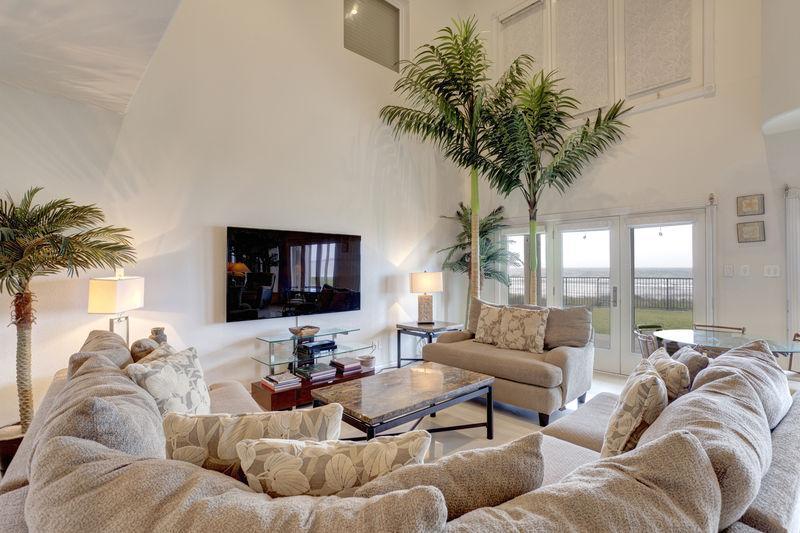 111 Villa Doce (6 bedrooms, 6.5 bathrooms) - Image 1 - Port Isabel - rentals