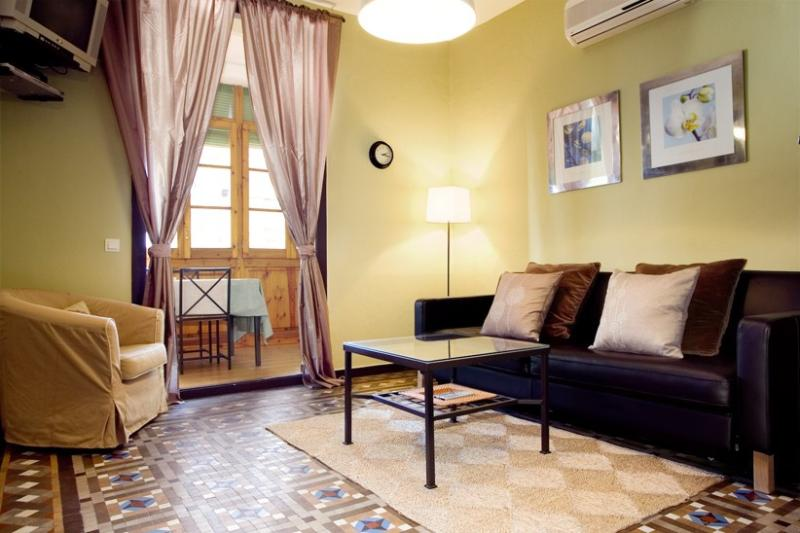 Apartment Classic holiday vacation apartment rental spain, barcelona, holiday - Image 1 - Barcelona - rentals