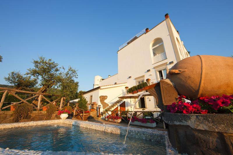 Villa Lubrense villa rental Sorrento, Amalfi Coast villa rental, self catering - Image 1 - Massa Lubrense - rentals