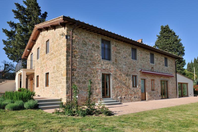 Villa Delamere holiday vacation large villa rental italy, tuscany, near florence, near siena, chianti area, wi fi, short term long term - Image 1 - Lucardo - rentals
