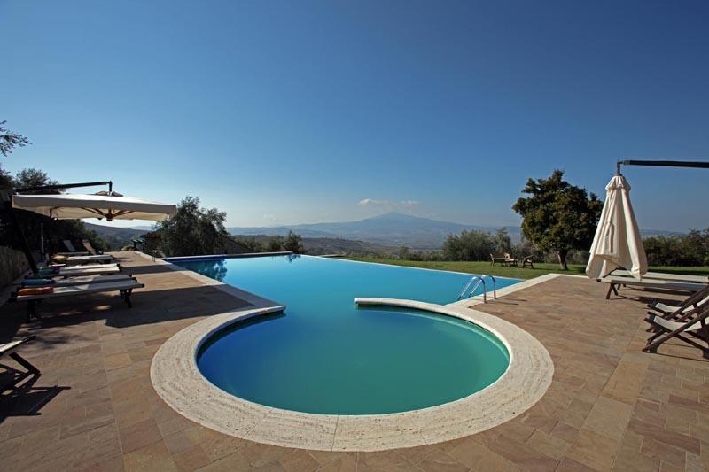 Villa Cappelli holiday vacation large villa rental italy, tuscany, near siena - Image 1 - Monticchiello - rentals