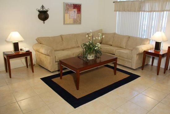4 Bedroom 3 Bathroom Pool Home in Lindfields. 3116 - Image 1 - Orlando - rentals