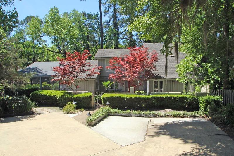 Carolina Cottage - Image 1 - Hilton Head - rentals