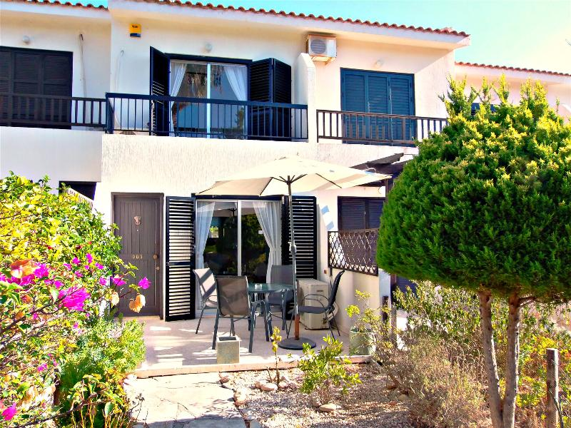 Prime Location Kato Paphos 2 bedroom Townhouse - Wifi Internet - Image 1 - Kato Akourdalia - rentals