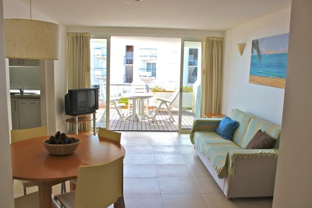 Latin Blue Apartment, Cabanas Tavira, Algarve - Image 1 - Cabanas de Tavira - rentals