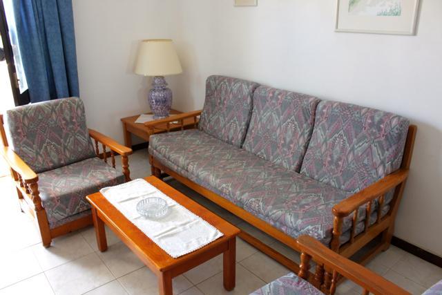 Cisco Pink Apartment, Oura, Albufeira - Image 1 - Albufeira - rentals