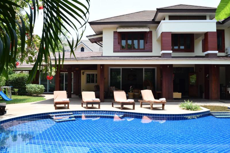 Magnificent 8 bedroom luxury villa - Luxury 8 bedroom Villa with Private Swimming Pool - Chiang Mai - rentals