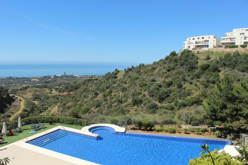 1762 -  3 bed apt, Samara Resort, Los Monteros - Image 1 - Marbella - rentals