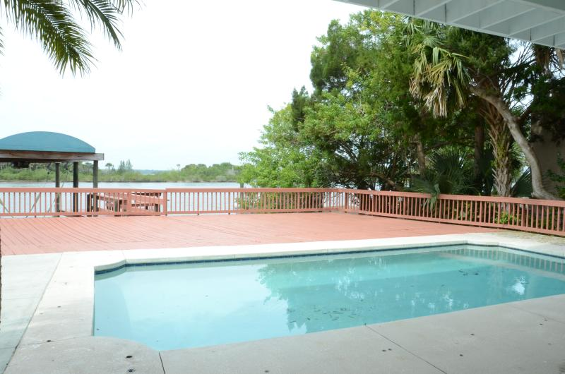 Fall $pecials - River Front Luxury Home  #3110 River View - Image 1 - Ormond Beach - rentals