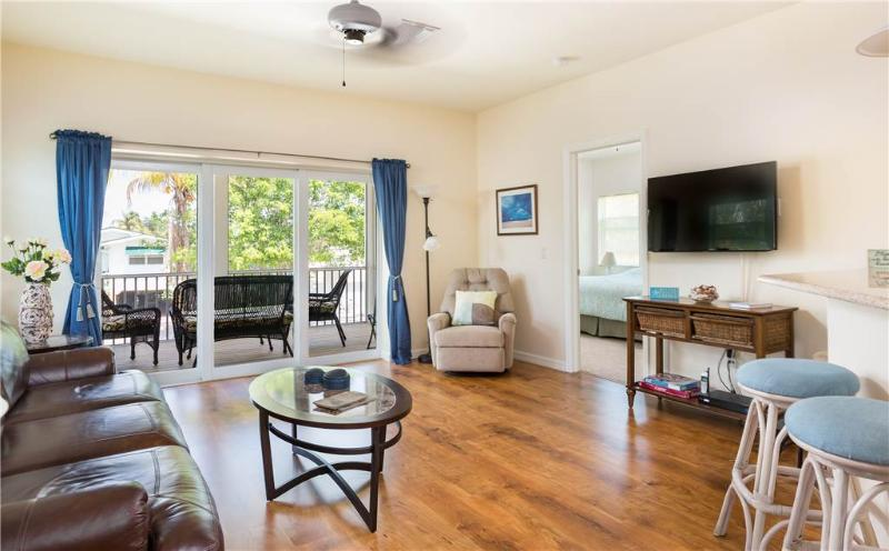 Coconut Breeze, New 3 Bedroom, Walk to the Beach - Image 1 - Fort Myers Beach - rentals