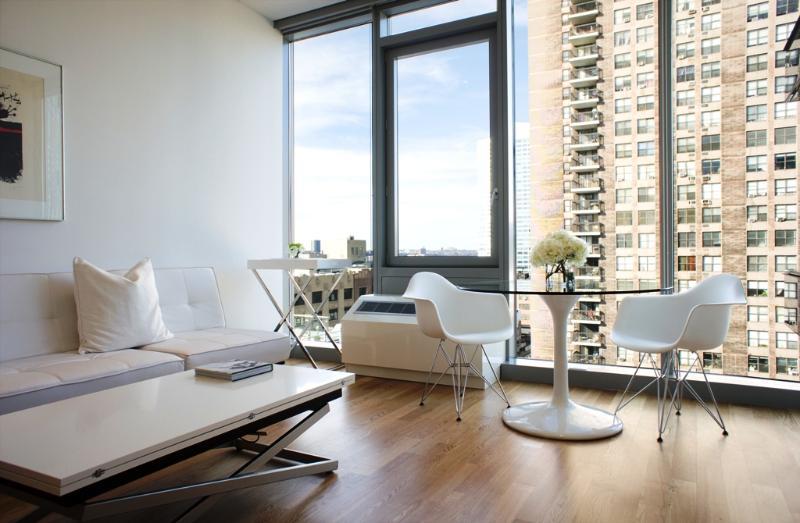 Midtown West: Suite 1249 - Image 1 - Manhattan - rentals
