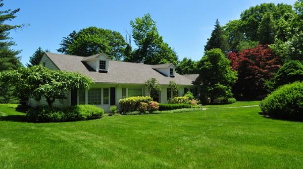 Elegant Home on an Acre of Rolling Lawns - Image 1 - Greenwich - rentals
