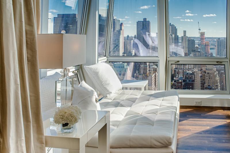 Mesmerising 4 Bedroom apartment near 5th Ave - Image 1 - Manhattan - rentals