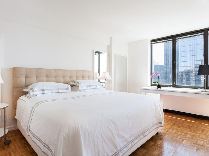 2 Bedroom Luxury Residence On Broadway - Image 1 - Manhattan - rentals