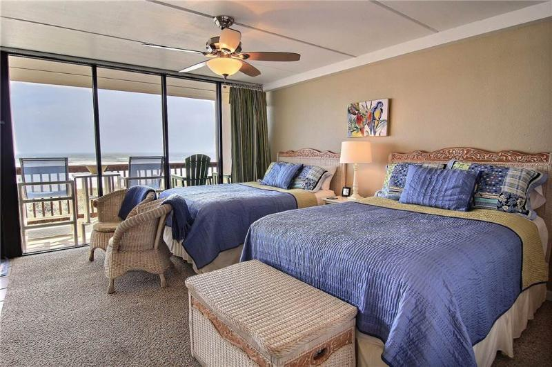 Beachfront  2 Bedroom Condo Closest To The Beach - Image 1 - Port Aransas - rentals