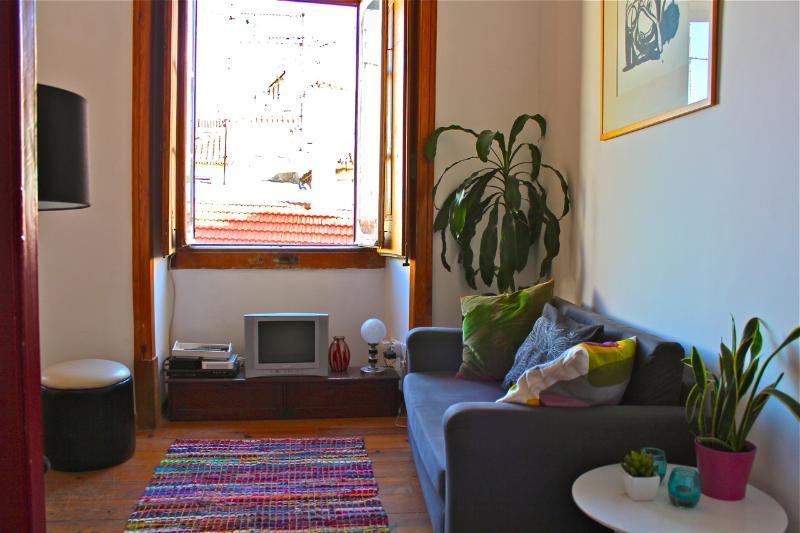Kencur Apartment, Martim Moniz, Lisboa - Image 1 - Lisbon - rentals