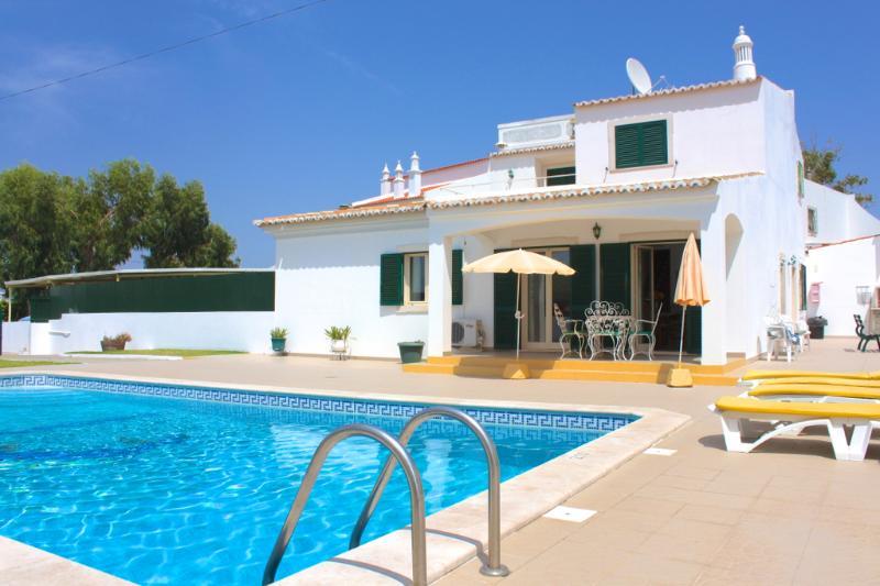 Lennon Villa, Albufeira, Algarve - Image 1 - Albufeira - rentals