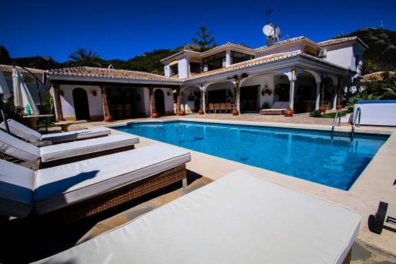 6 Bedroom Luxury Villa near Mijas Pueblo, totally secluded & private, heated outdoor pool & hot tub - Villa Florence Luxury B&B Mijas Pueblo - Mijas Pueblo - rentals
