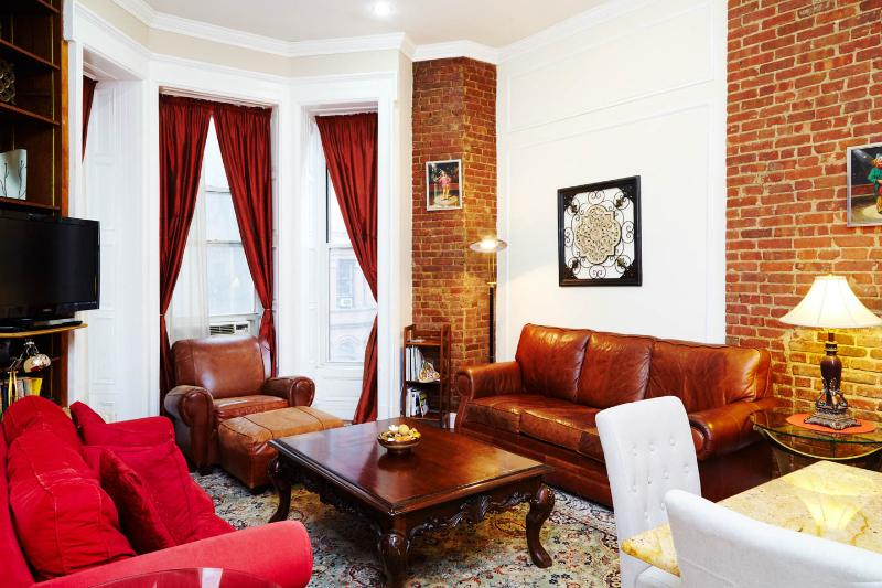 Brownstone Beauty - Image 1 - New York City - rentals