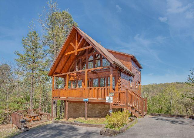 Beautiful Cabin LOADED w/ Amenities!!! Sleeps 10. Summer from $199!!! - Image 1 - Sevierville - rentals