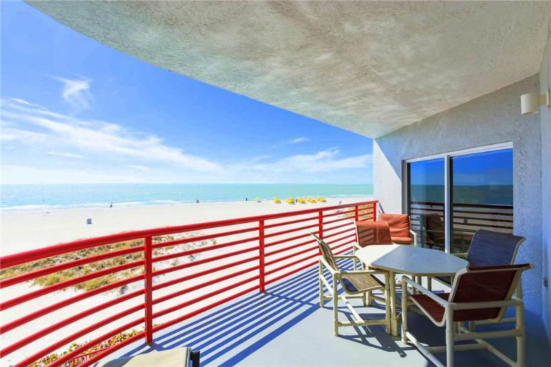 #201 at Crimson Condos - Image 1 - Madeira Beach - rentals