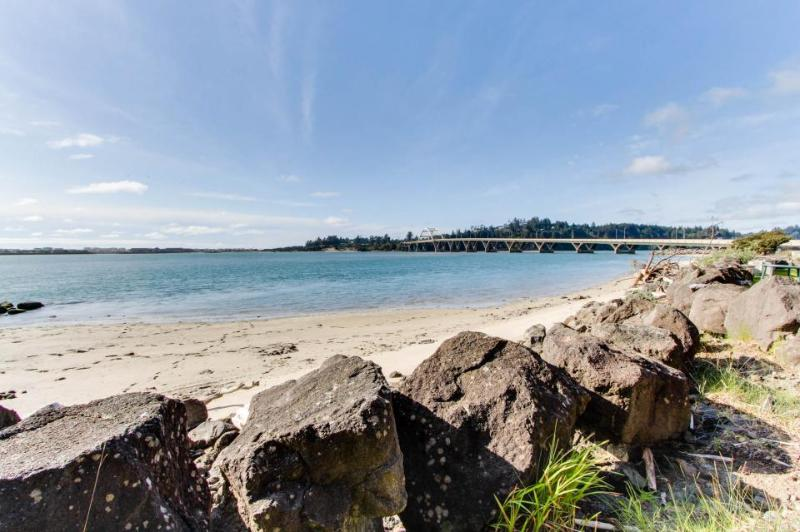 Creative, one-of-a-kind bayfront beach house w/bridge views! - Image 1 - Waldport - rentals