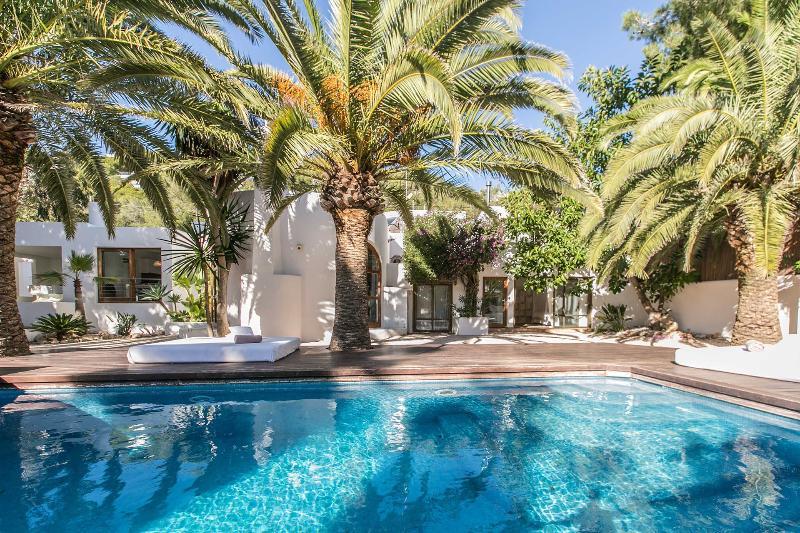 Villa Tantra - Image 1 - Sant Josep De Sa Talaia - rentals