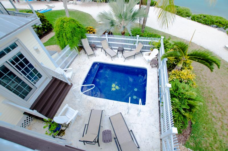 5004 Hawks Cay 3 BR / 3 BA  Private Pool Duck Key - Image 1 - Duck Key - rentals