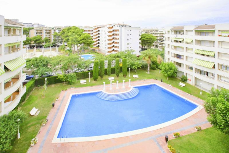 Decathlon - Apartment 2/4 - Image 1 - Salou - rentals