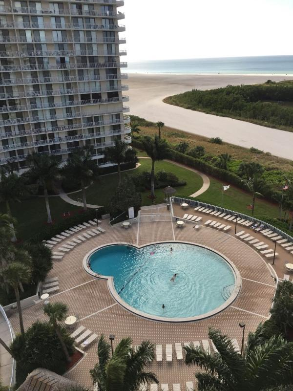 Building - Enjoy relaxing Gulf views from the balcony of this comfortable beachfront condo ! - Marco Island - rentals
