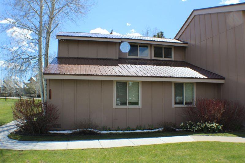 Pines 4032 is a conveniently located golf vacation condo in Pagosa Springs. - Image 1 - Pagosa Springs - rentals