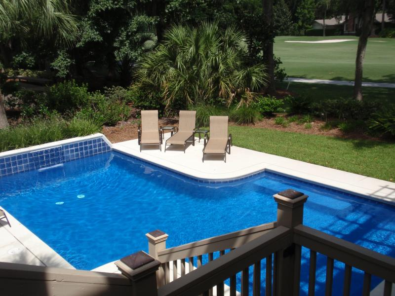 Large Sunny Pool - LOW COUNTRY PARADISE  - SEA PINES RESORT - Hilton Head - rentals