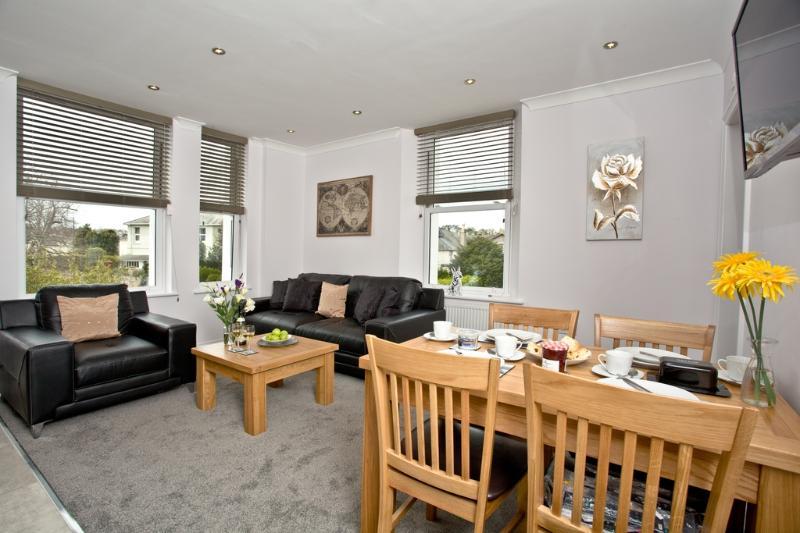 8 Austen's Apartments located in Torquay, Devon - Image 1 - World - rentals