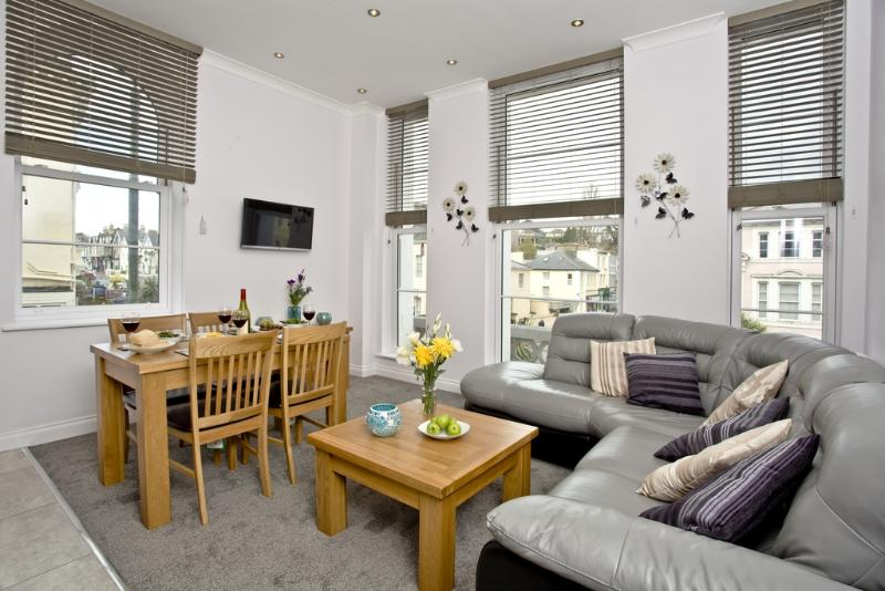 5 Austen's Apartments located in Torquay, Devon - Image 1 - Torquay - rentals