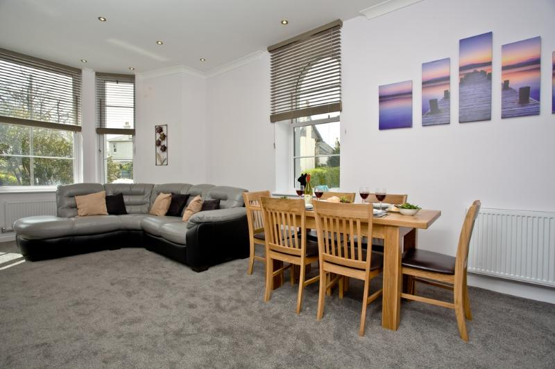 6 Austen's Apartments located in Torquay, Devon - Image 1 - Torquay - rentals