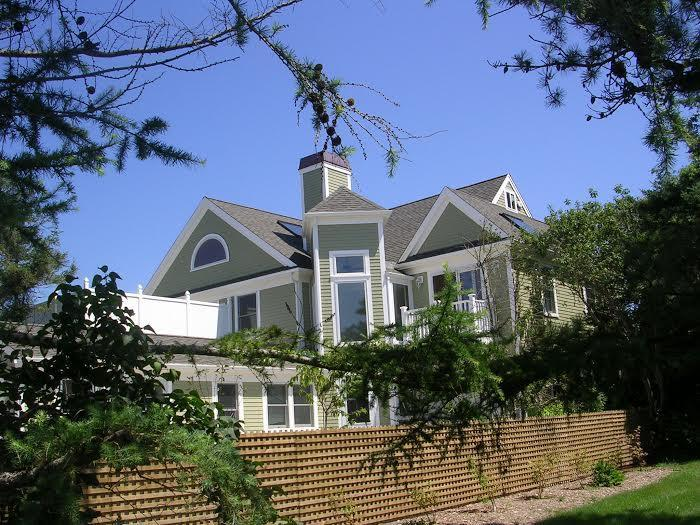4 Bedroom with Gorgeous Bay Views! - Image 1 - Brewster - rentals