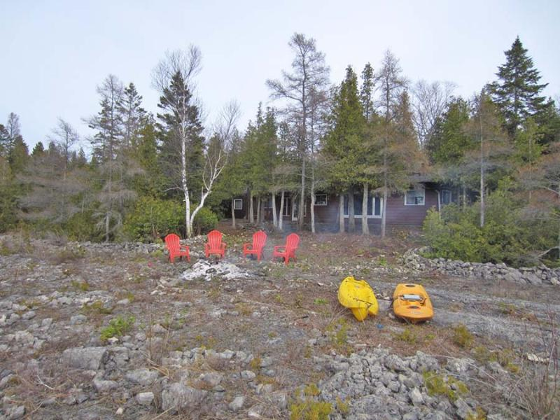 Miles Away cottage (#1008) - Image 1 - Tobermory - rentals