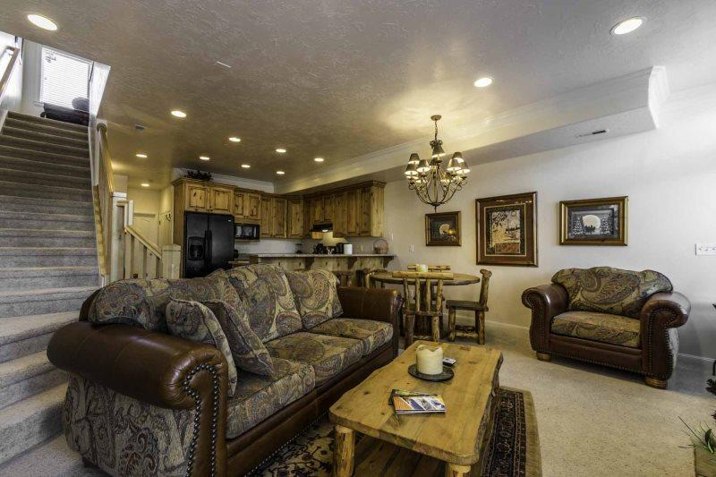 Large Living area with gas fireplace/tv - Lakeside Unit 33 | 2 Bed - Huntsville - rentals