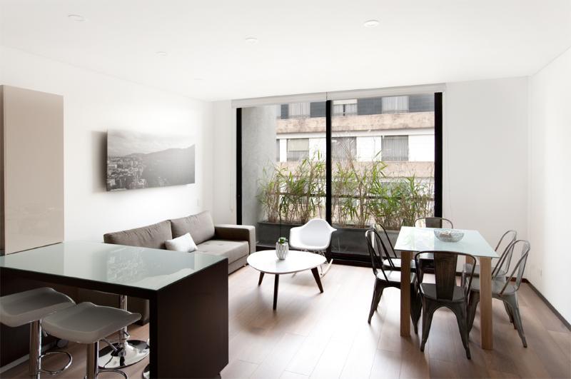 Subtle 2 Bedroom Apartment by Parque 93 - Image 1 - Bogota - rentals