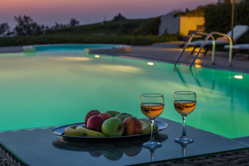 Santorini  Gv - The Black Rock VIlla - a stunning new luxury villa with amazing - Image 1 - Santorini - rentals