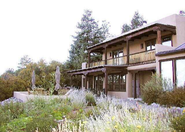 A grand contemporary southwest home with secluded privacy  - Alto Salto Secluded Luxurious Mountain Home, Amazing Views, Private Hot Tub - Arroyo Seco - rentals