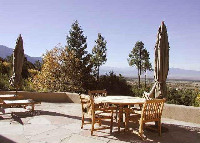 Alto Salto Secluded Luxurious Mountain Home, Amazing Views, Private Hot Tub - Image 1 - Arroyo Seco - rentals
