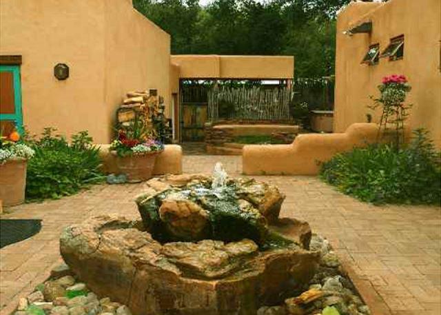 Easy walk to Plaza- a true Creme de la Creme vacation rental-private setting - Image 1 - Taos - rentals