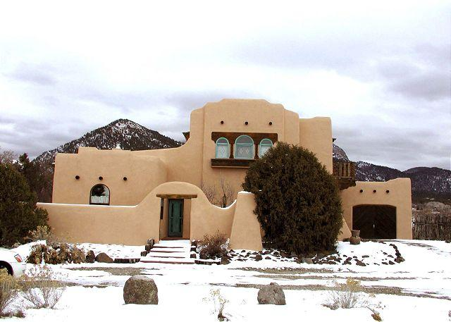 Casa Anna - Taos los altos adobe rental mountain views hot tub high speed internet garage - Arroyo Seco - rentals