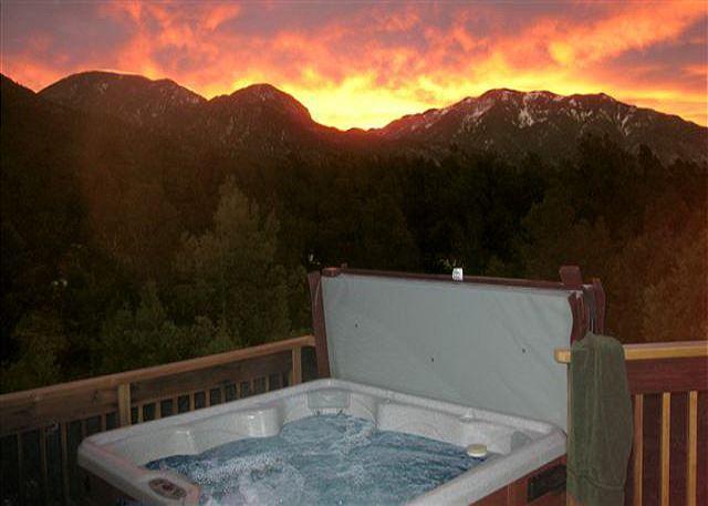 CASA CIELO - Casa Cielo private wooded setting, Sweeping mountain views Hot Tub-Wifi - Arroyo Seco - rentals