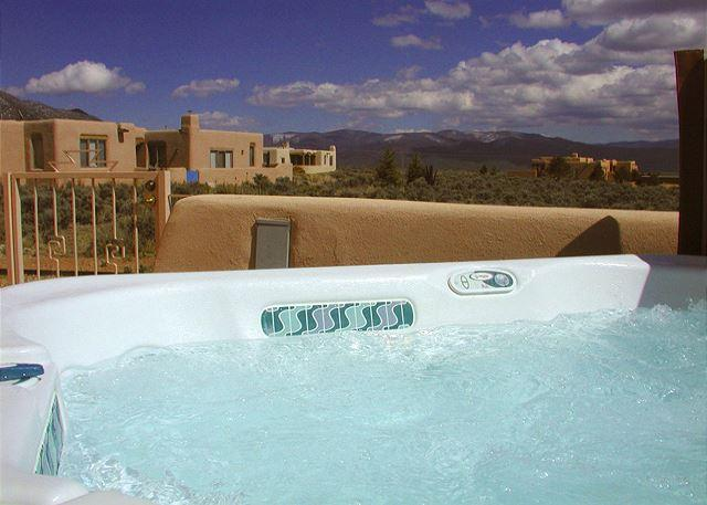 Large view patio with hot tub, grill and outdoor dining  - Hale de Taos panoramic view patio hot tub  DSL wifi fireplace - El Prado - rentals