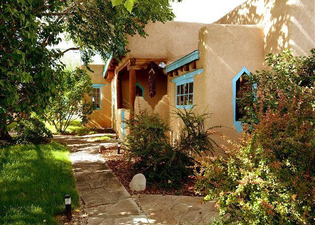 MONTANA LUZ HACIENDA - Mountain Views, Air Condition, Enclosed yard, Private hot tub and Sauna  Wifi - Arroyo Seco - rentals