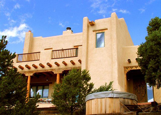 Exterior front with terraced hot tub patio and 2nd floor view balcony available to all guests  - Tres Lomas 2 Lux- gourmet kitchen patio hot tub fireplace pool table internet - Arroyo Hondo - rentals